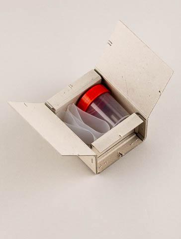 Abortmaterial -Dose klein mit Pendel-Versandbox